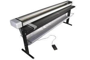 Neolt Electro Trim 250 Rollenschneider mit LED-Beleuchtung, Untergestell und Abfallsammelanlage